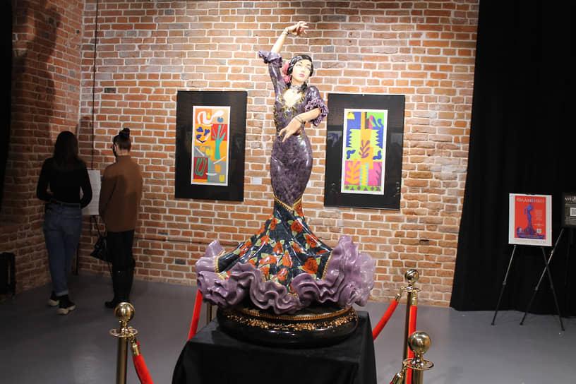 """Проект """"Коррида"""", который включает скульптуры из драгоценных и полудрагоценных камней и металлов камнерезного дома Алексея Антонова и рисунки французского художника Анри Матисса"""