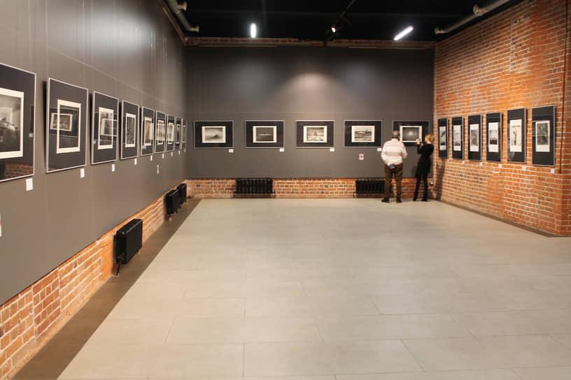 Выставка «Японский пейзаж. Реальное и нереальное», на которой представлены работы мастеров современной японской фотографии.