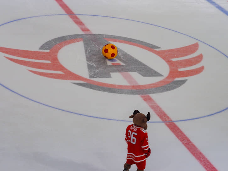 Закрытие сезона хоккейного клуба «Автомобилист» «АвтоКубок. Ледовая гонка»