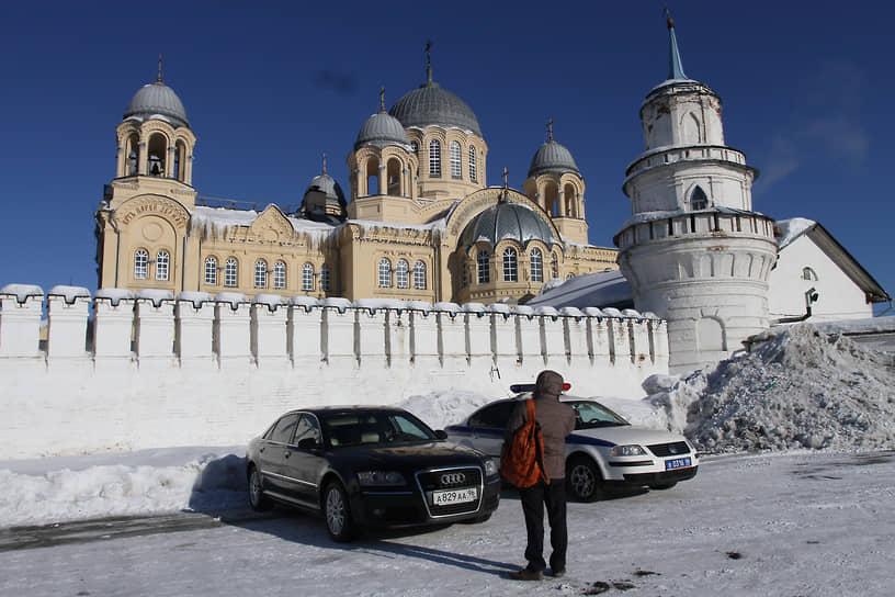 Храмовый комплекс на территории Свято-Николаевского мужского монастыря в Верхотурье