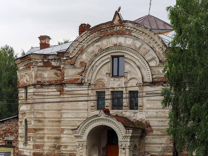 Никольская церковь в поселке Висим