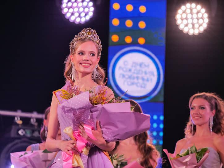 Победительница конкурса «Мисс Екатеринбург-2021» Виолетта Сараева