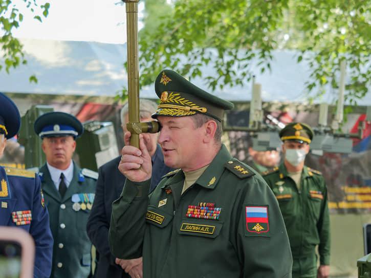 Командующий войсками ЦВО, генерал-полковник Александр Лапин