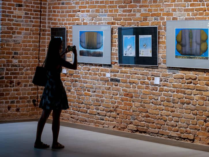 Открытие сезона в международном центре искусств «Главный проспект»: выставка немецкого художника Гюнтера Дольхопфа