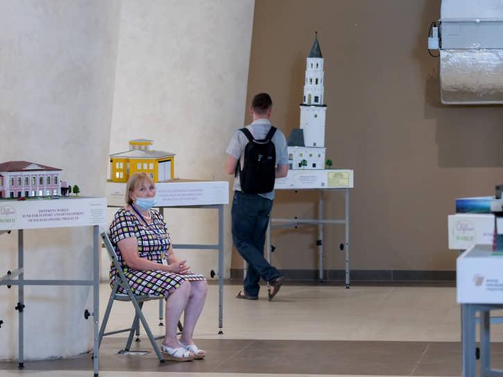 Открытие сезона в международном центре искусств «Главный проспект»: проект «Екатеринбург на ладони» и выставка Алексея Ефремова