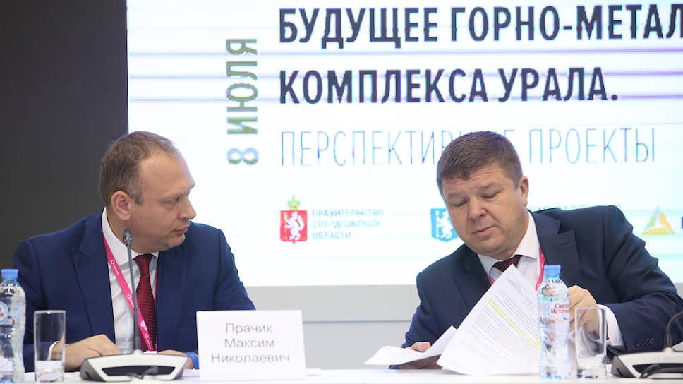 Заместитель главы свердловского минпрома Игорь Зеленкин (справа) считает структуру уральской промышленности достаточно устойчивой