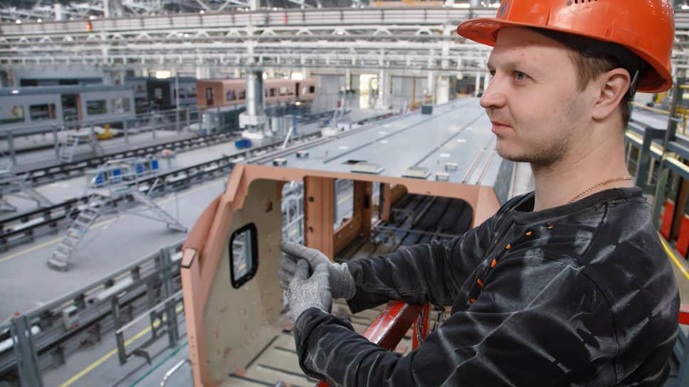 Нацпроект «Производительность труда и поддержка занятости» к 2024 году должен охватить 308 компаний Свердловской области
