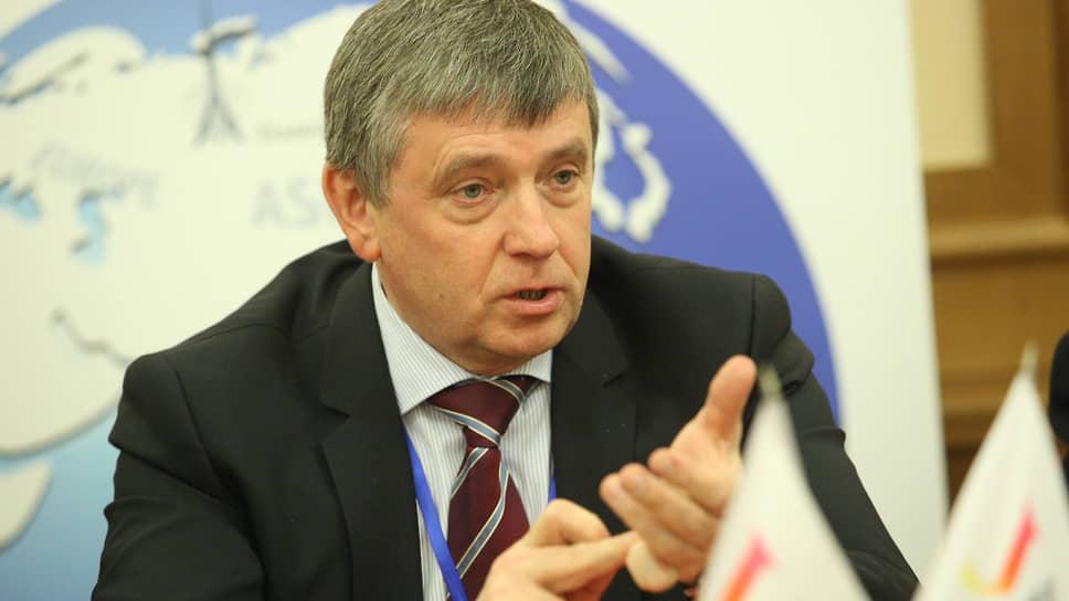 Ректор УрФУ Виктор Кокшаров возглавляет комитет по развитию профессионального образования и трудовым ресурсам с 2013 года