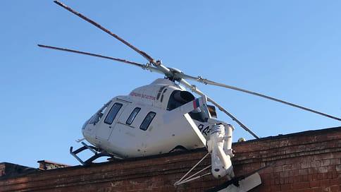 Вертолет санитарной авиации совершил жесткое приземление на территории больницы в Ижевске  / По предварительным данным пострадавших нет