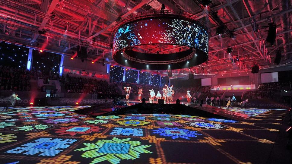 Церемония открытия года 100-летия государственности Удмуртии состоялась во дворце спорта «Глазов Арена» в День народного единства