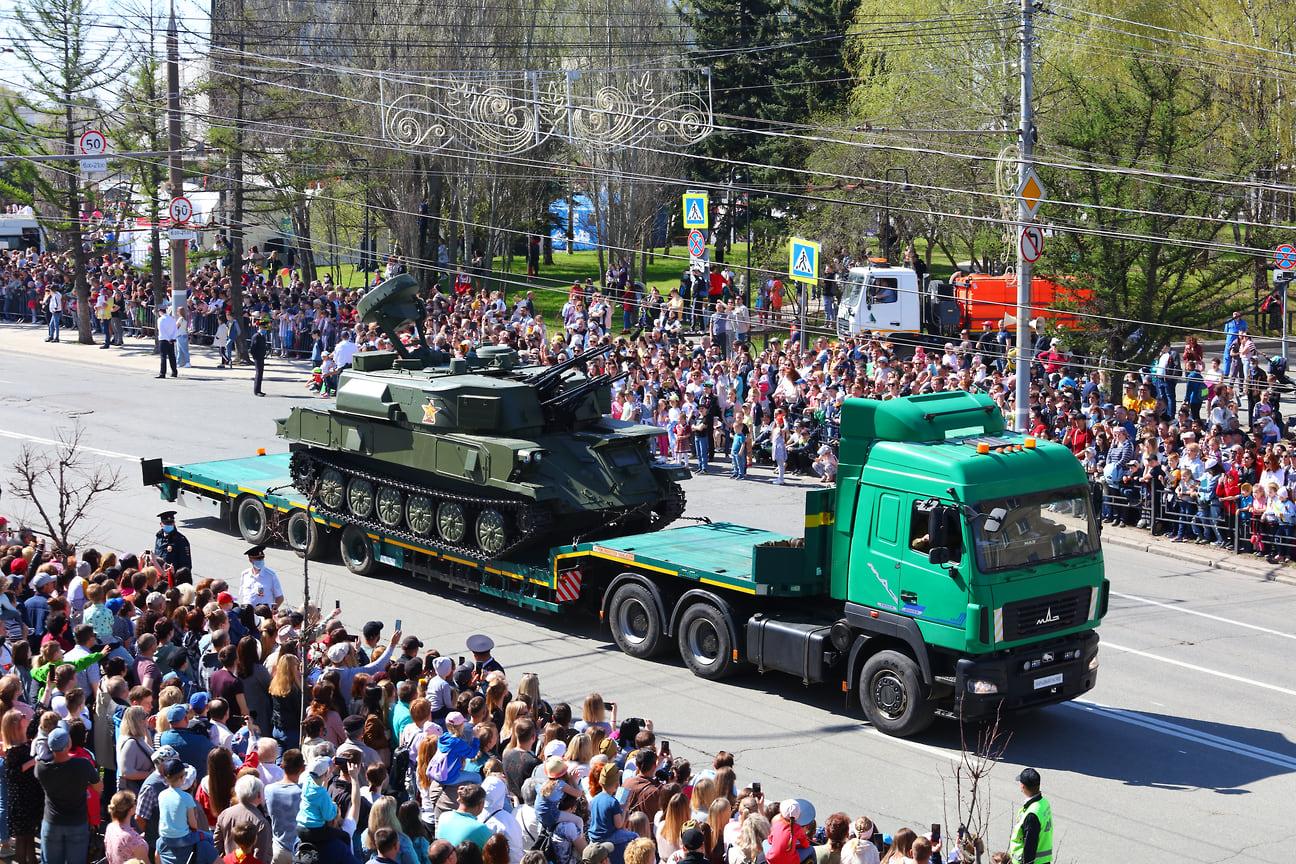 Украшением праздника стала самоходная установка «Шилка». Боевое применение «Шилка» получила во многих военных конфликтах, таких, как Вьетнам, Ангола и Афганистан.