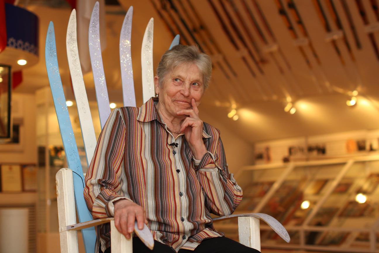 Галина Кулакова является самой титулованной жительницей Удмуртии на Олимпийских играх. Лыжница забрала три золота на Олимпийских играх в Японии в 1972 году и одну медаль на эстафете в Австрии в 1972 году. Завоевала по два серебра и две бронзы на Олимпиадах 1968 и 1976 годах.  Однако самой первой призеркой Олимпиады из Удмуртии стала Радья Ерошина. Она завоевала две серебряные медали за лыжные гонки и эстафету на Олимпиаде в Италии в 1956 году. В 1960 Олимпиаду проводили США, тогда спортсменка получила серебро и бронзу по тем же дисциплинам. Владимир Никитин стал серебряным призером на лыжной эстафете в 1984 году в Югославии.