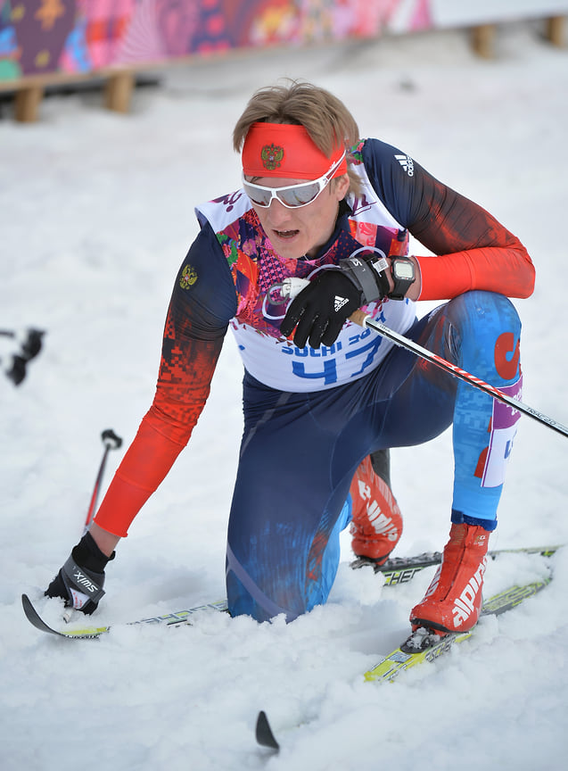 Лыжник Дмитрий Япаров стал серебряным призером по эстафете на Олимпийских играх в Сочи в 2014 году.