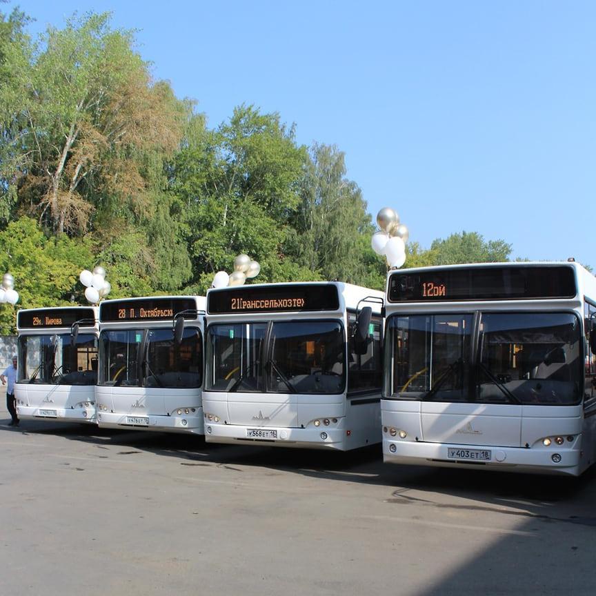 33 новых полунизкопольных автобусов МАЗ 103-468 поступило в автопарк ИПОПАТа в Ижевске.