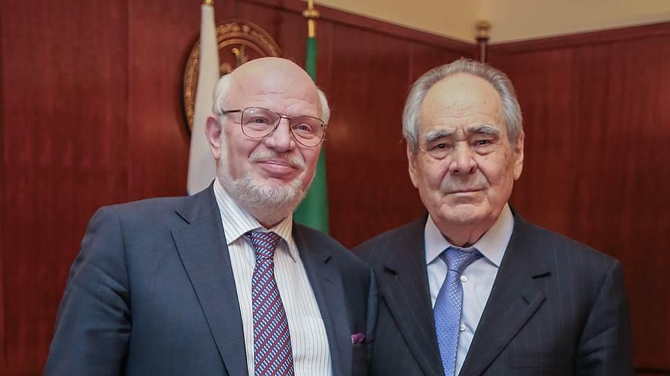Главу СПЧ Михаила Федотова (слева) в Казань позвал первый президент Татарстана Минтимер Шаймиев