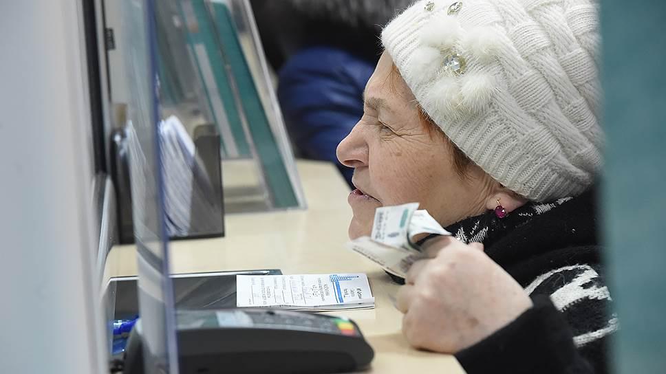 Законопротез / Госсовету предлагают пересмотреть отказ от компенсаций «состоятельным» ветеранам труда