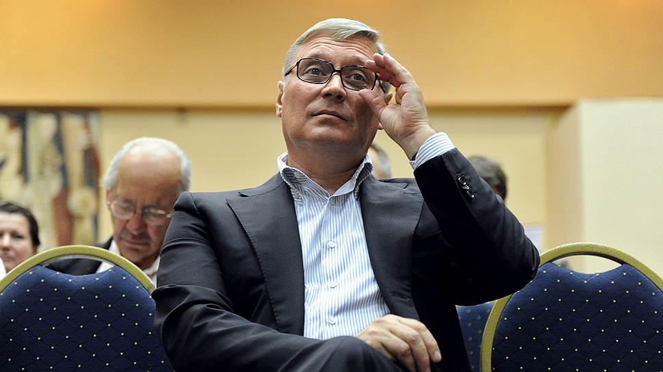 Номер с политическим аспектом / Казанский отель отказался обслуживать Михаила Касьянова