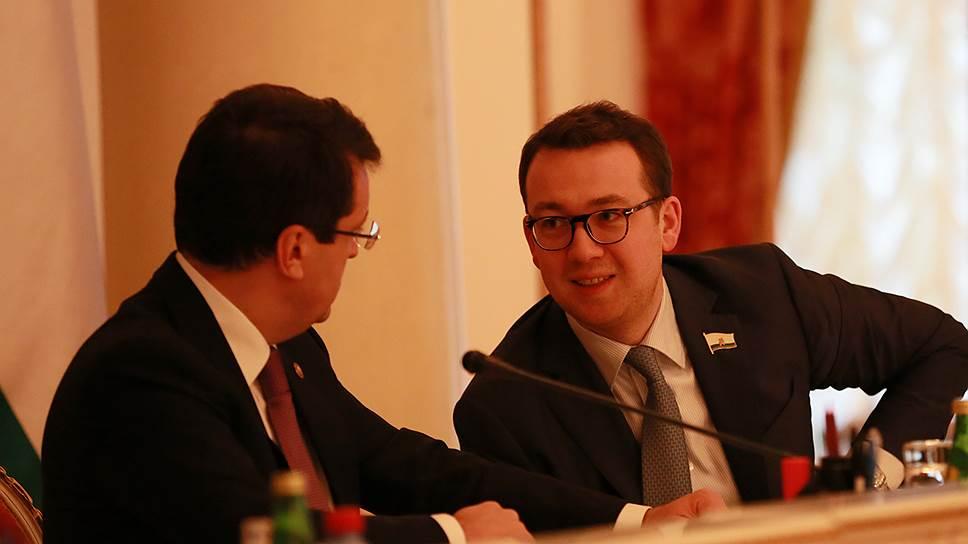 Депутат удаляется от родины / Бывший вице-мэр Казани Оскар Прокопьев отказался от мандата в городском парламенте