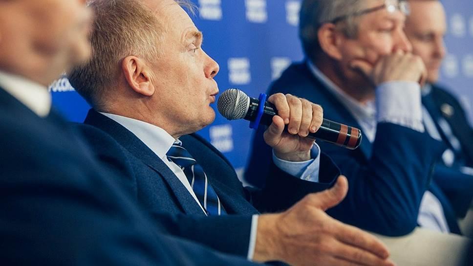 «Почему депутат должен получать маленькую зарплату?» / Думские единороссы от Татарстана рассказали о своей работе и доходах