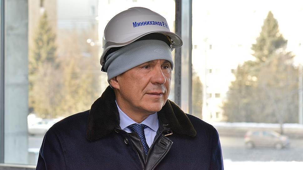 Рустам Минниханов надежно защищен от критики местных СМИ