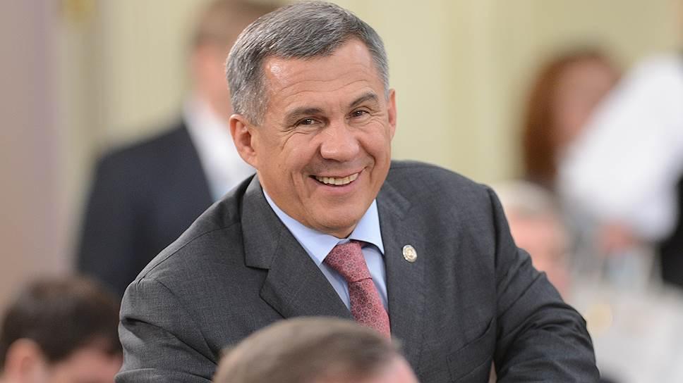 Рустама Минниханова поставили на предвыборные рельсы / Президент Татарстана стал «паровозом» регионального списка «Единой России»