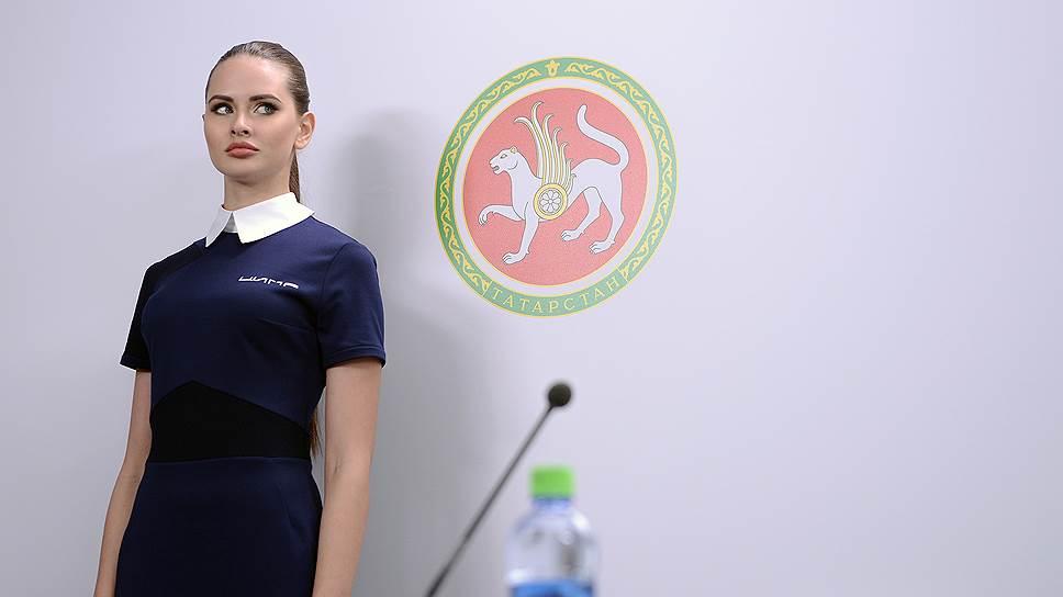 Татарстан хочет выглядеть особенным / Рустаму Минниханову нужен новый договор с Москвой
