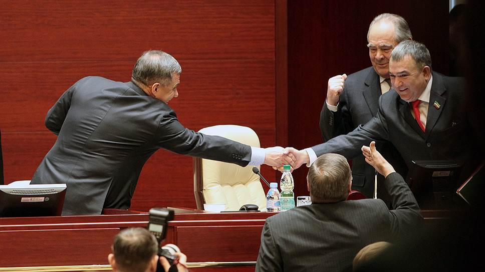 Хафиза Миргалимова оставили у руля / Вместо отставки главе КПРФ в Татарстане грозит строгий выговор