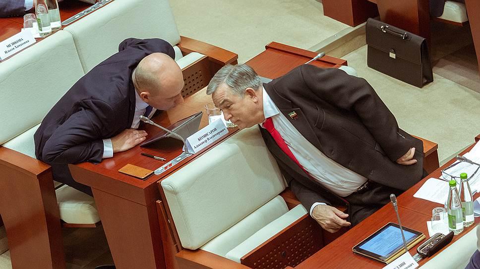 Конфликт главы реготделения КПРФ Хафиза Миргалимова (на переднем плане) с заместителем грозит потерей поста