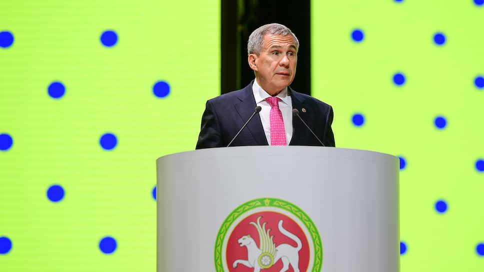 «Мы будем выбирать президента республики» / Рустама Минниханова планируют сохранить в должности 13 сентября
