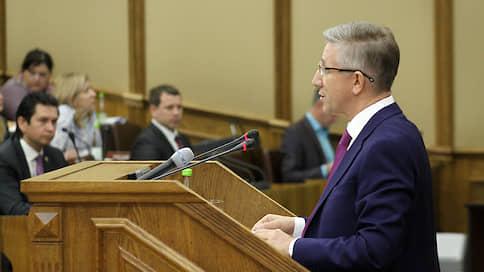 Держи казну шире  / Бюджет Татарстана недополучил 32 млрд рублей