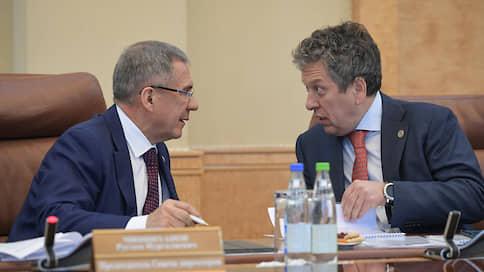 Из «Татнефти» добудут дивиденды  / Рустам Минниханов предложил обсудить размер выплат акционерам за первое полугодие