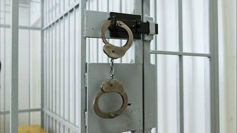 У осужденного сгорел приговор  / Главу «АС Менеджмент» Роберта Хайруллина оправдали по делу о пожаре в ТЦ «Адмирал»