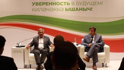 Рустам Минниханов сожалеет о введении в Татарстане всеобщей самоизоляции  / Он признался, что чиновники «два месяца мучили людей, держали их взаперти»