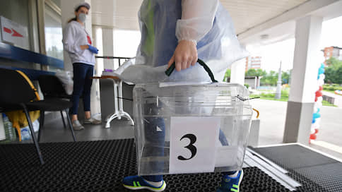 Рустама Минниханова будут выбирать три дня  / ЦИК Татарстана поддержал досрочные выборы в сентябре
