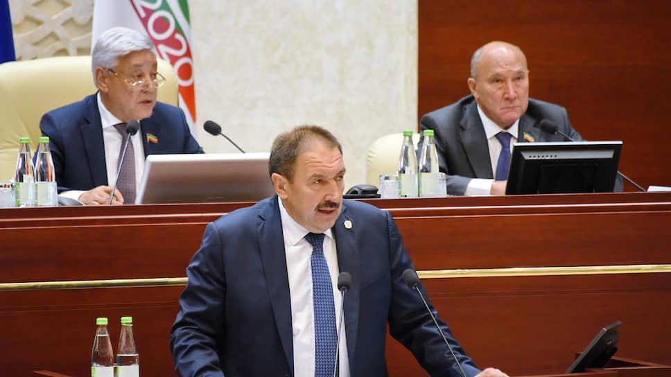 На правительственном фронте без перемен / Госсовет согласовал руководство нового Кабмина Татарстана
