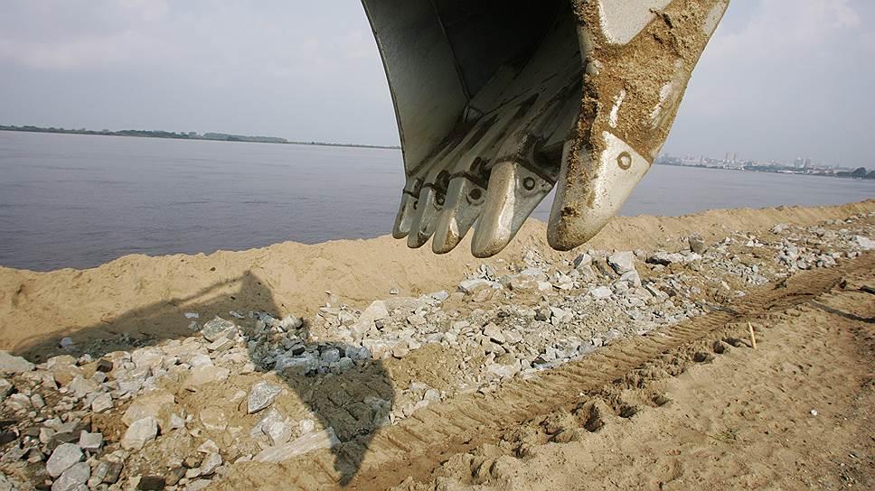 Строительство новых противопаводковых ГЭС «РусГидро» сможет развернуть на берегах Амура лишь с участием Китая