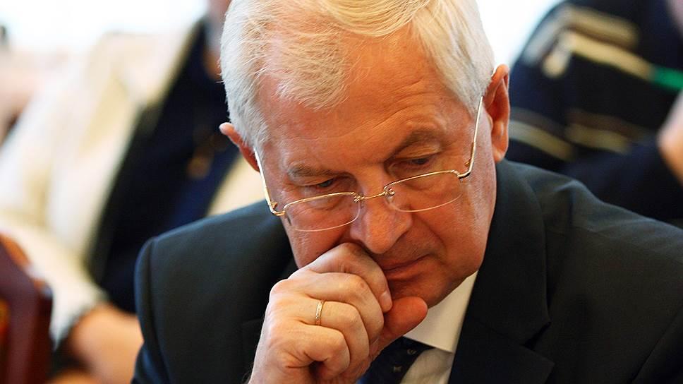 Часть забот Виктора Марценко о внутренней политике разделит новое главное управление