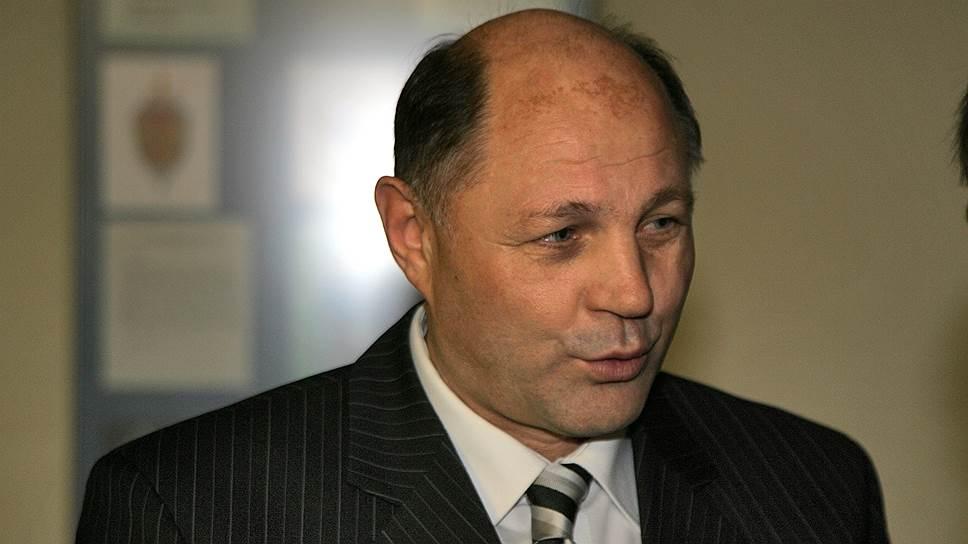 Сахалинская коррупция дошла до Москвы / Высокопоставленный офицер ФСБ сидит за обещание взяток