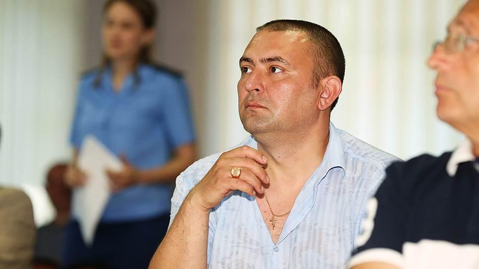 Районное собрание все редеет / В Хабаровском районе досрочно выбыли сразу два депутата