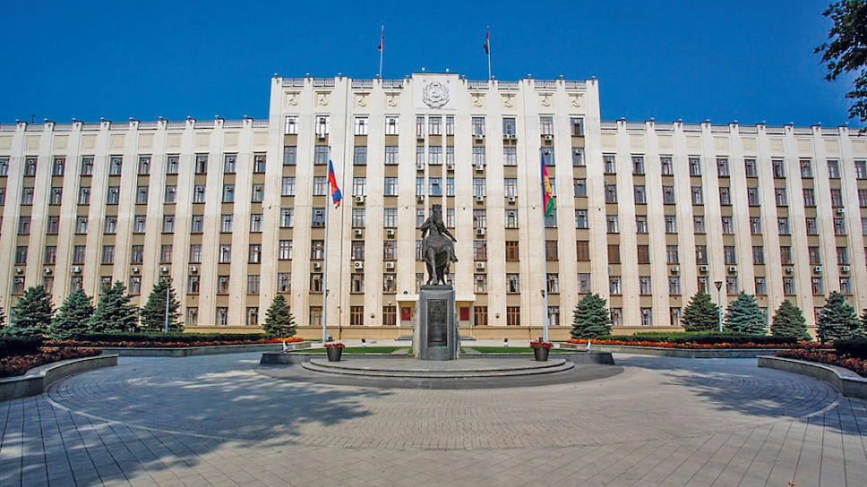 Сейчас в администрации края вакантными остаются две должности вице-губернаторов