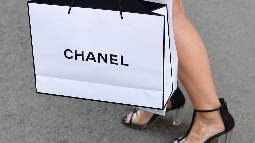 «Шанель» с запахом подделки / Мировые бренды подали серию исков к кубанским продавцам контрафакта