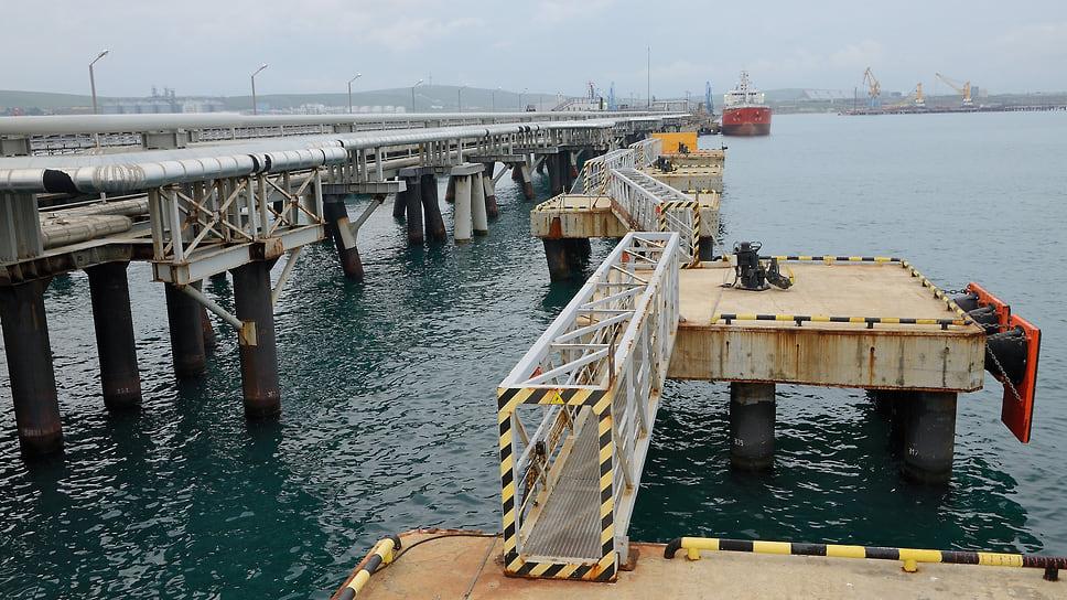 «Тамань» выходит из тумана / Одобрен проект строительства второго этапа сухогрузного района порта Тамань