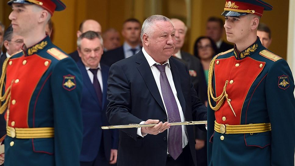 После ухода в отставку Владимира Синяговского должность мэра Новороссийска вакантна.