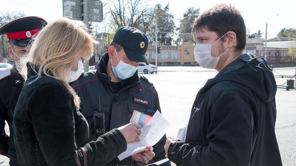 Примером ответственного отношения к своему здоровью служат сотрудники правоохранительных органов, которые выходят на передовую каждое утро