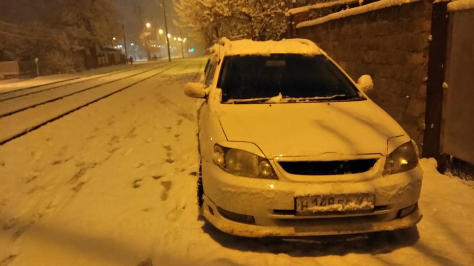 Власти Краснодара и края обратились с просьбой к автомобилистам – не выезжать утром понедельника на своих авто, а пользоваться общественным транспортом.