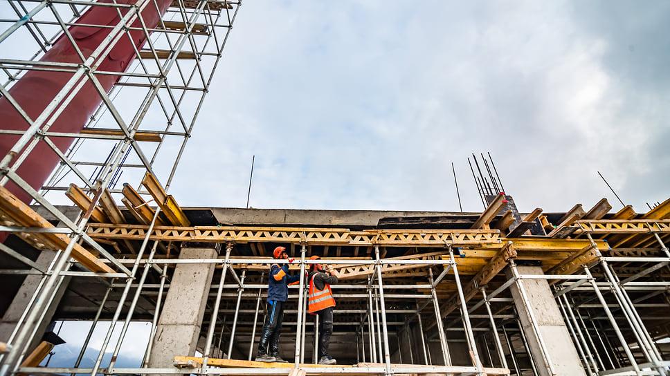 К сегодняшнему дню бетонные работы завершены на 90 %.