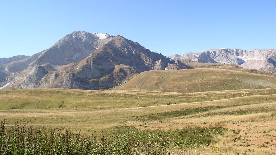 Строительство круглогодичного горно-климатического курорта «Лагонаки» обойдется в 7,6 млрд руб.