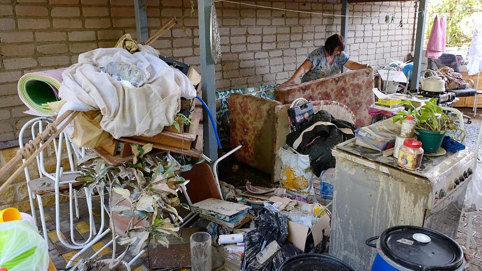 7 июля. Жители станицы Пятигорской после наводнения
