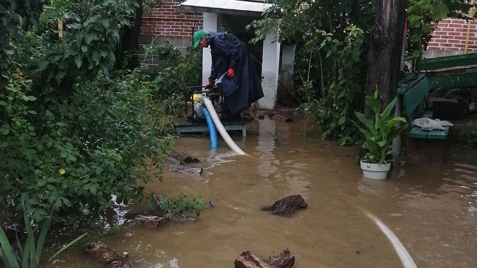Август 2021 г. Работы по устранению последствий проливного ливня в Темрюке