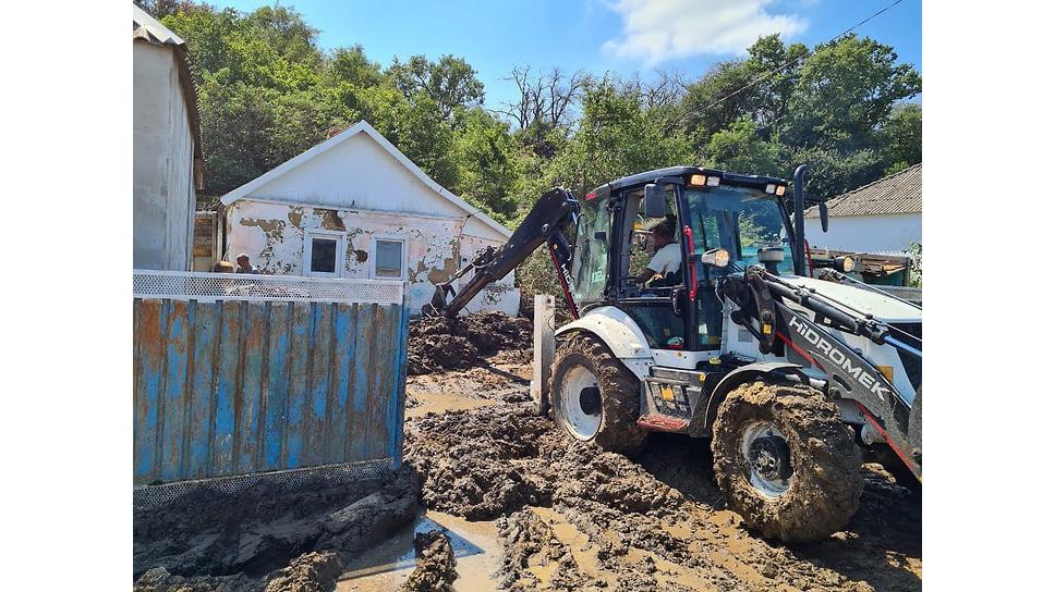 Август 2021 г. Работы по устранению последствий стихии в Первомайском сельском округе